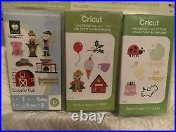 Cricut Personal Electronic Cutter Machine CRV001 MACHINE With 3 New Cartridges