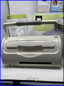 Cricut Personal Electronic Cutter Machine CRV001 Provo Craft with EXTRAS