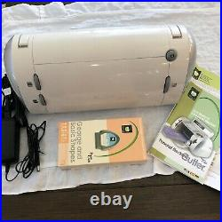 Cricut Personal Electronic Cutter Machine With 2 cartridges & Manual PROVO CRAFT